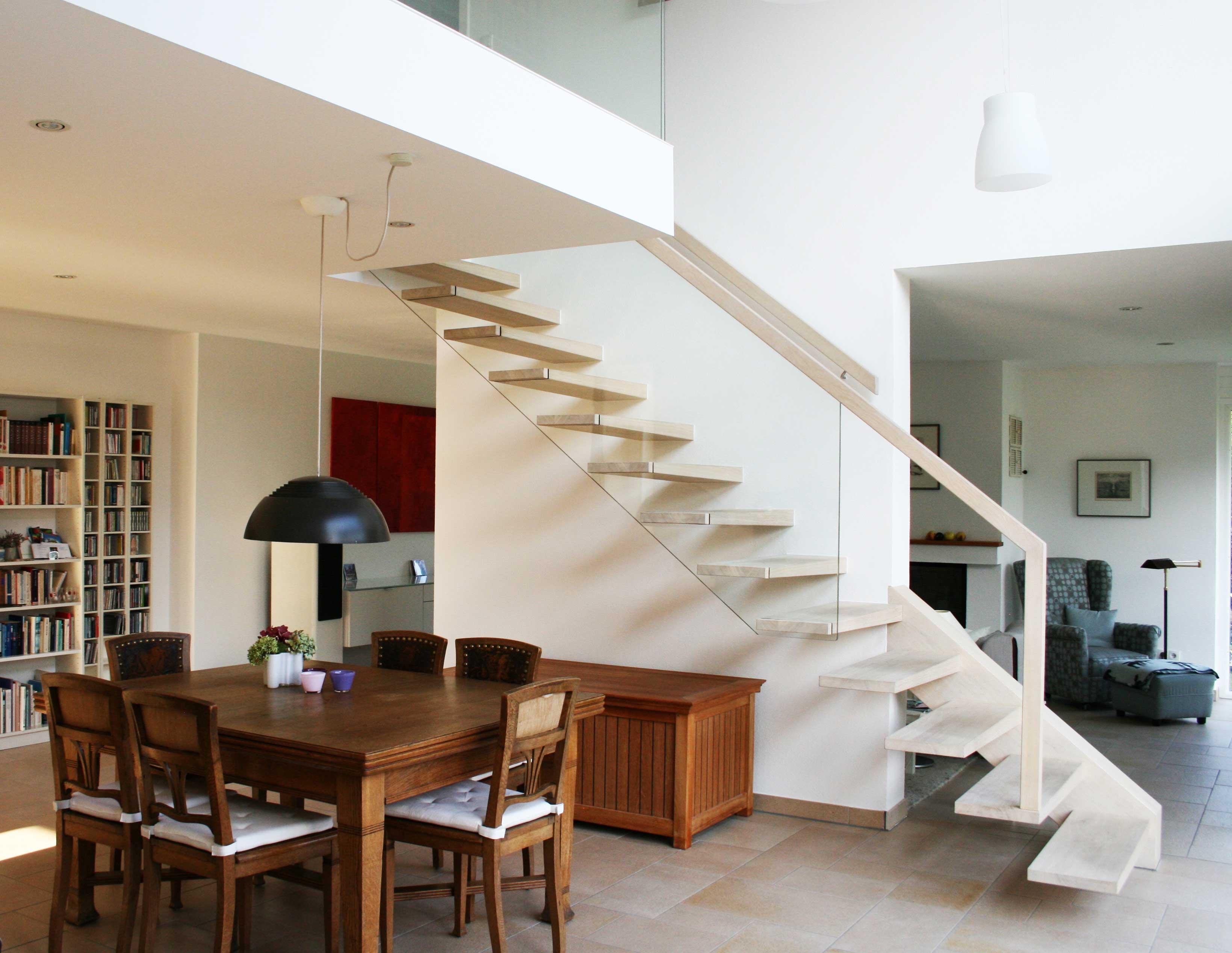 welche vorteile bieten holztreppen das angesagte material holz. Black Bedroom Furniture Sets. Home Design Ideas