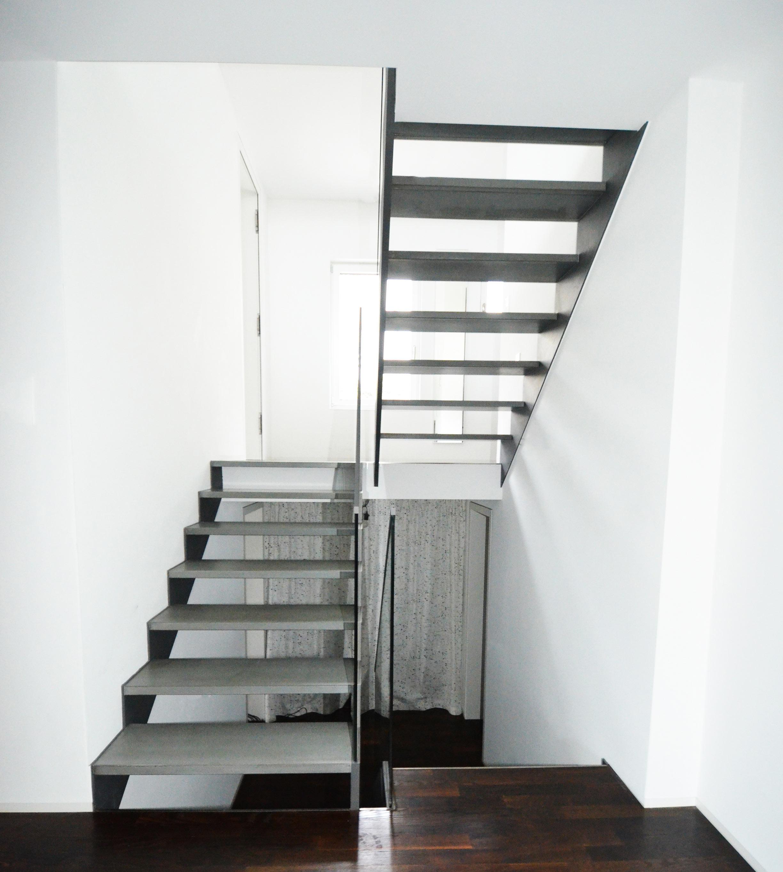 Puristische mehrläufige Treppenanlage in Königstein von Treppenbau Diehl-Bild4