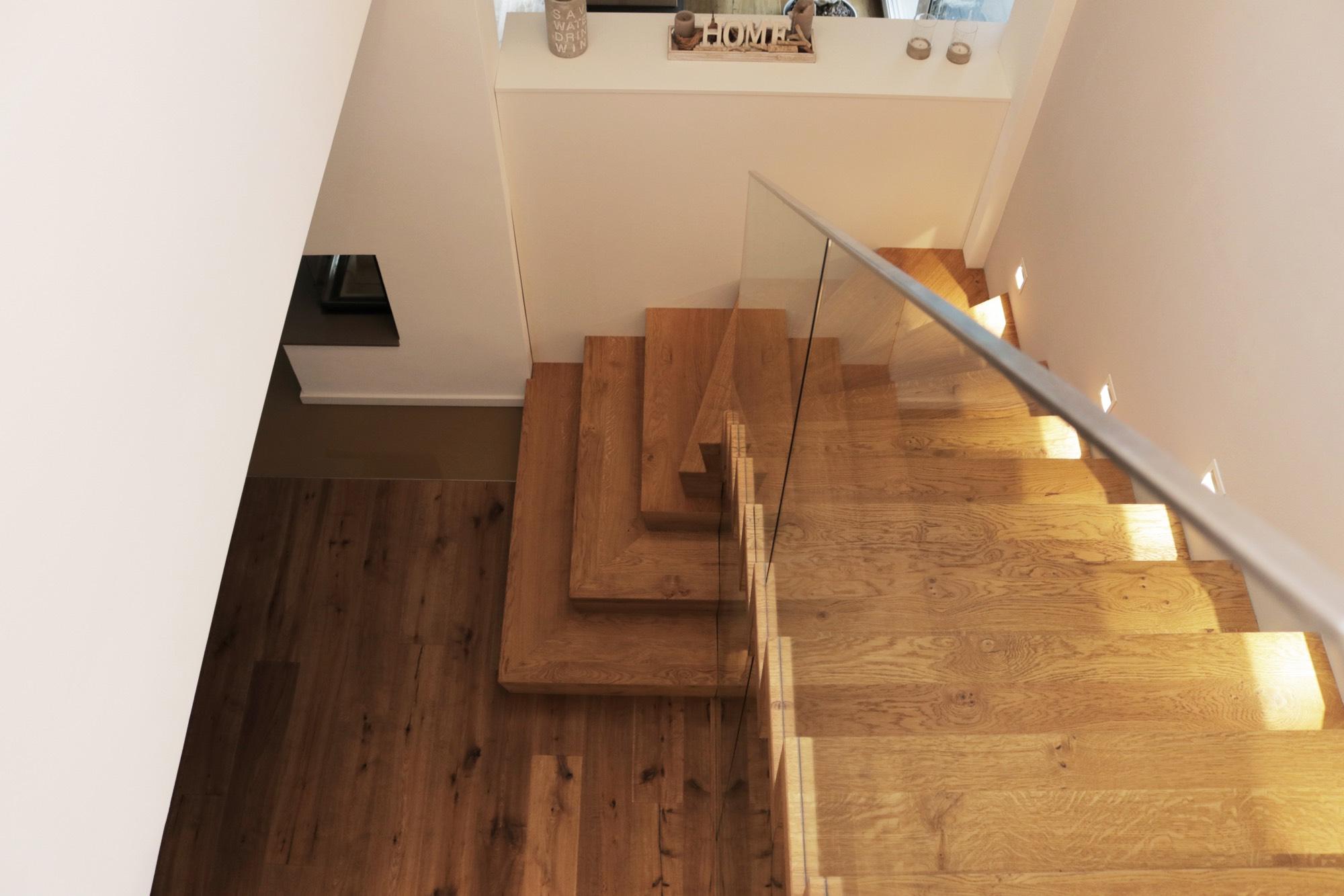 Treppe Mit Setzstufen faltwerktreppe mit z setzstufen aus holz in usingen treppenbau diehl